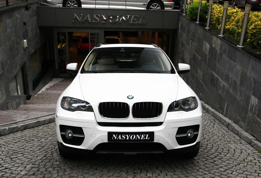 nasyonel bmw x6 xdrive. Black Bedroom Furniture Sets. Home Design Ideas